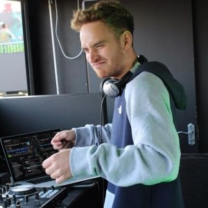 Picture of Twinkle TwinkleTom Misch at Stereofox