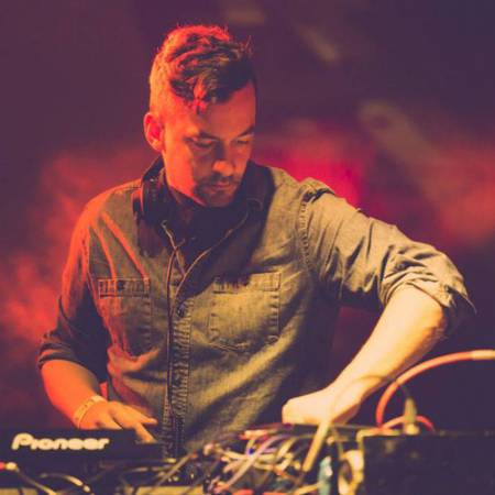 Picture of Emkay (live version) Bonobo  at Stereofox