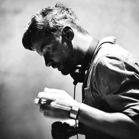 Picture of Outliner Bonobo  at Stereofox