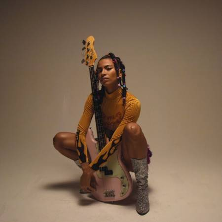 Picture of ADELINE on her new EP ADI OASIS, How Playing Bass Influenced her Path in Music and the Importance of Breaking the Mould of your own Expectations at Stereofox